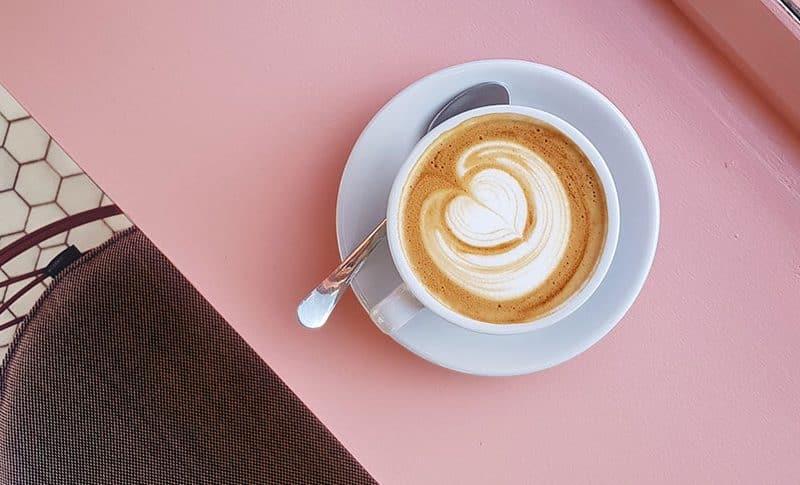 el cafe y su salud beneficios y riesgos