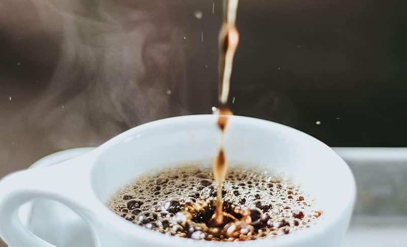 que hace que es cafe espresso sea diferente del cafe goteo
