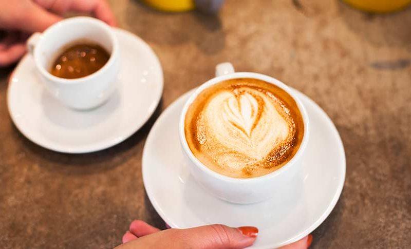 cafe americano vs cafe con leche