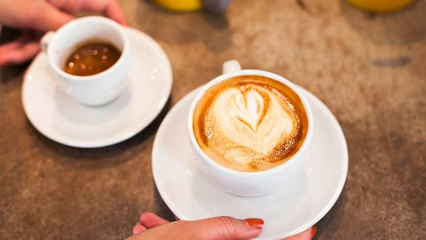 Café Americano vs. Café con Leche